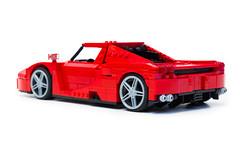 Enzo Ferrari 1:16 (7) (Noah_L) Tags: lego creation moc own ferrari enzo red car sportscar supercar hypercar noahl