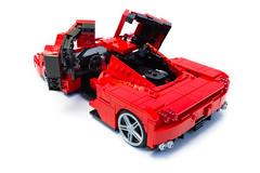 Enzo Ferrari 1:16 (16) (Noah_L) Tags: lego creation moc own ferrari enzo red car sportscar supercar hypercar noahl