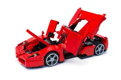 Enzo Ferrari 1:16 (18) (Noah_L) Tags: lego creation moc own ferrari enzo red car sportscar supercar hypercar noahl