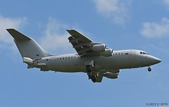 ZE707 BAe 146 CC2 RAF (Apple Bowl) Tags: ze707 bae 146 cc2 raf northolt waddington royal flight