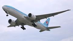 HL8077 (Breitling Jet Team) Tags: hl8077 korean air lines boeing 777f euroairport bsl mlh basel flughafen lfsb eap