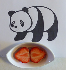 Tasting something new, just like we (Olga and Peter) Tags: goodpandacontest aardbeien strawberries fp1240907