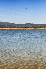 A la orilla (lebeauserge.es) Tags: cerveradebuitrago madrid españa atazar naturaleza lago agua cielo nubes