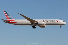 American Airlines B787-9 N828AA (José M. Deza) Tags: 20190520 americanairlines b7879 bcn boeing elprat lebl n828aa planespotting spotter aircraft