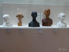 Bustes d'enfants (bpmm) Tags: lapiscine roubaix musée sculpture