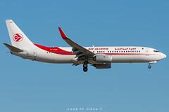 Air Algerie B737-8D6 7T-VKR (José M. Deza) Tags: 20190520 7tvkr airalgerie b7378d6 bcn elprat lebl planespotting spotter aircraft
