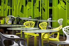 Terrasse et couleurs (Lucille-bs) Tags: europe france auvergnerhônealpes rhône lyon confluence euronews terrasse architecture vert jaune blanc chaise table