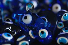 "NAZAR || PROTECTION AGAINST THE EVIL EYE || TEGEN HET BOZE OOG (Anne-Miek Bibbe) Tags: ""superstition"" bijgeloof aberglaube superstition macromondays macro happymacromonday canoneos70d annemiekbibbe bibbe nederland 2019 evileye bozeoog blauw blue blau blu azul turkoois turquoise nazar"