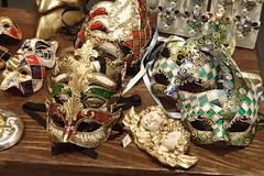 1563 (bluefootedbooby) Tags: artigianato maschera carnevale venezia