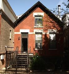 2149 N. Bell Avenue (Brule Laker) Tags: chicago illinois wickerpark humboldtpark