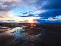 Disappearing Lake (Robert Cowlishaw (Mertonian)) Tags: greatsaltlake sunset dusk mertonian lake colors colours spring2019 ineffable awe wonder beauty beautiful nature canon powershot sx70hs canonpowershotsx70hs robertcowlishaw clouds sky