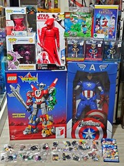 Recent Arrivals – LEGO, NECA, XXRAY, Pop Vinyl, Hasbro, etc. – 25 May 2019 (My Toy Museum) Tags: recent arrival arrivals lego voltron movie minifigure minecraft steve creeper neca captain america avengers xxray golden age wonder woman superman batman pop vinyl overwatch chef octopus