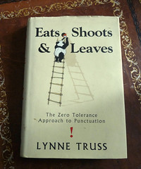 Challenge Friday, week 20, theme leaves (3) - Eats Shoots & Leaves (karenblakeman) Tags: challengefriday cf19 leaves book eatsshootsleaves lynnetruss may 2019 uk