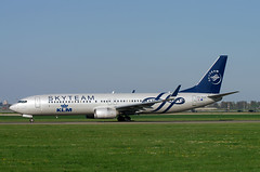 B737 PH-BXO KL Skyteam (Avia-Photo) Tags: airline aeroplane airport airliner aircraft aviacion aviation airplane airlines airliners avion ams boeing boeing737 737 eham flugzeug jet luftfahrt plane planespotting pentax spotter schiphol