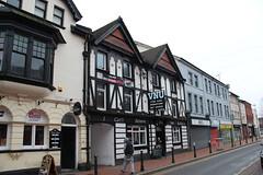 VNU, Merthyr Tydfil (Snappy Pete) Tags: pub publichouse tavern inn building street people merthyrtydfil glamorgan southwales uk greatbritain