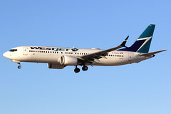 WestJet | Boeing 737-8 | C-GXAX | Las Vegas McCarran (Dennis HKG) Tags: boeing 737 7378 boeing737 boeing7378 737max boeing737max cgxax westjet wja ws lasvegas mccarran klas las canon 7d 100400 aircraft airplane airport plane planespotting