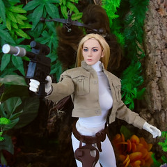 Danger Ahead! (Blondeactionman) Tags: hot toys star wars phicen photography doll bamhq agentsofbam onesixthscale chewbacca tashia space adventure
