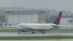 Delta Air Lines Boeing 767-332 N1402A (MIDEXJET (Thank you for over 2 million views!)) Tags: milwaukee milwaukeewisconsin generalmitchellinternationalairport milwaukeemitchellinternationalairport kmke mke gmia flymke amc usairforceairmobilitycommand usaf deltaairlinesboeing767332n1402a deltaairlines boeing767332 n1402a boeing boeing767300 boeing767 767 767300 767332 flymkemkemkehomemkeplanespotter wisconsinplanespotter avgeekavphotographyaviationavaviationgeek aviationlifeaviationphotoaviationphotosaviationpicaviationpicsaviationpicturesplanespotterplanespottermke