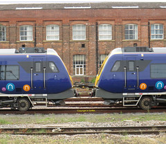 331107 & 331102 Doncaster May 2019 (Ado Griff) Tags: doncasterstation civity 331102 331107 caf westyard northerntrians