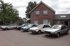 Renault Fuego meeting NL 2019 2 (Fuego 81) Tags: ohohrenault renault fuego ommen nl 2019 71srpd gl42px kk83xt 91xdn6 nr93kd