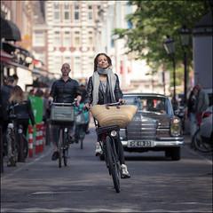 Miss Sunshine (Chris 1971) Tags: 1964 mercedes benz 220se w111 woman female girl lady dame vrouw smile classic oldtimer amsterdam streetscene de1823 fietster fietser bicyclist glimlach heckflosse