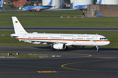 15+04 Airbus A321-231 EBBR 13-05-19 (MarkP51) Tags: 1504 airbus a321231 a321 luftwaffe military transport brussels zaventem airport bru ebbr belgium airliner aircraft airplane image markp51 nikon d500 nikon200500f56vr sunshine sunny