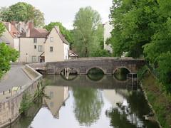 Quel est ce lieu??? Pont des Minimes (XVIe), Chartres (28) (Yvette G.) Tags: quelestcelieu pont vieuxpont pontdesminimes chartres eureetloir 28