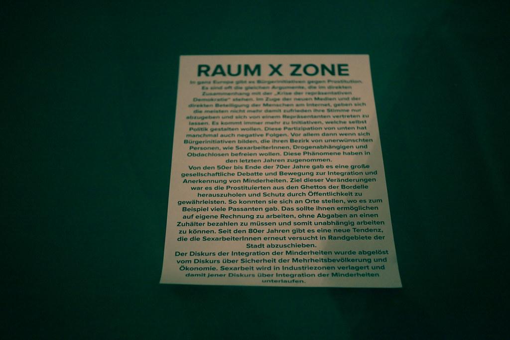 Raum-X-Zone: zettel