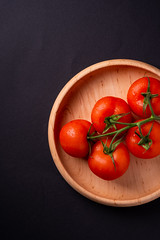 DSCF0770 (Frostroomhead) Tags: food tomato tomatoes vegetable top view flat lay vegetables red black background wooden plate fujifilm fujinon 60mm f24 macro xpro1 drops drop