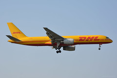 G-DHKE DHL Boeing 757-200 EGLL 21/4/19 (David K- IOM Pics) Tags: lhr 09l london heathrow airport egll gdhke boeing 757 757200 b752 dhk bcs dhl