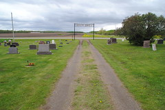 Lone Pine Cemetery, Morrill (Elizabeth Almlie) Tags: minnesota cemetery morrill lonepinecemetery road gate gravestones