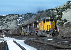 Standard Cab Surprise (jamesbelmont) Tags: unionpacific norfolksouthern emd sd402 ge coal detour spanishforkcanyon drgw riogrande railroad railway train locomotive