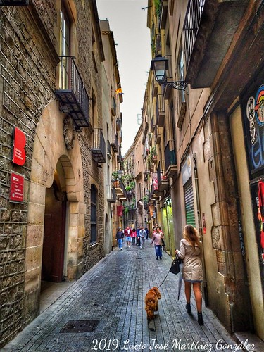"""Barcelona.  Sant Pere més Baix • <a style=""""font-size:0.8em;"""" href=""""http://www.flickr.com/photos/26679841@N00/47934938583/"""" target=""""_blank"""">View on Flickr</a>"""