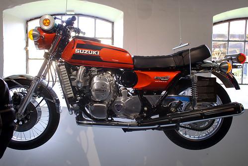 Suzuki Wankel