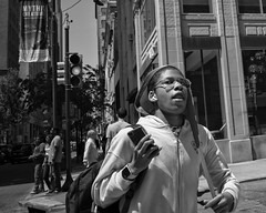 Walnut Street, 2019 (Alan Barr) Tags: philadelphia 2019 walnutstreet street sp streetphotography streetphoto blackandwhite bw blackwhite mono monochrome candid city people ricoh griii gr3