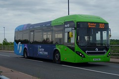Xperience: First Essex Volvo 7900H BV13ZBJ (69906) Southgate Road Stansted Airport 26/05/19 (TheStanstedTrainspotter) Tags: bus buses public transport publictransport first essex firstbasildon firstessex firstgroup chelmsford basildon wickford x10 barnston e200mmc volvo 7900h volvo7900h 69906 bv13zbj southgateroad rare unusual 100 billericay lakeside