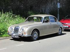 Daimler V8 250 (Andrew 2.8i) Tags: spot classics classic road kingdom united streetspotting cars car street spotting carspotting uk wales british sedan saloon mark mk 2 ii mk2 jaguar 25 v8 250 daimler