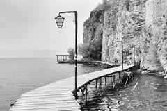 Boardwalk (tagois) Tags: boardwalk охрид ohrid northmacedonia lakeohrid охридскоезеро севернамакедонија