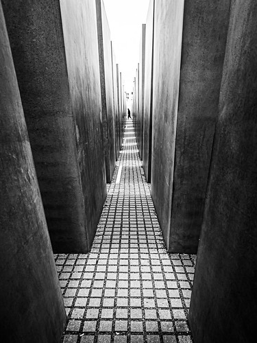 Holocaust memorial - Berlin, Germany - Street photography
