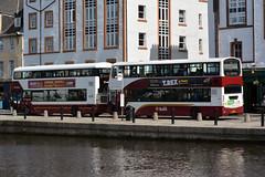 414 & 712 (Callum's Buses and Stuff) Tags: bus buses busesedinburgh buseslothianbuses buslothianbuses busedinvburgh volvo b5tl edinburgh edinburghbus road madderandwhite madderwhite madder mader gemini gemini3 b5