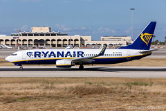 Ryanair Boeing 737-8AS 'EI-DPZ' LMML - 14.05.2019 (Chris_Camille) Tags: runway pilot pilotstories aviation avgeek a320 canon canonphotography canonaviation withcanonyoucan red clouds airline maltese islands canon5d aviationgeek mla airport takeoff fly sky plane aircraft airplane maltairport spotting planespotting registrations spottinglog