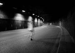 Runner Féminin (laurent.triboulois) Tags: blackandwhite feminin tunnel forme street city donnwtonw parisville rue ville