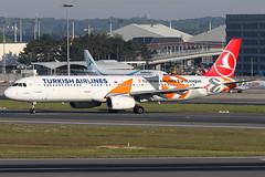 TC-JRO 16052019 (Tristar1011) Tags: ebbr bru brusselsairport turkishairlines airbus a321200 a321 tcjro euroleague uludag