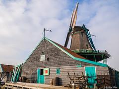 Windmill, Zaanse Schans (✦ Erdinc Ulas Photography ✦) Tags: windmill nederland dutch holland mill traditional culture zaanse schans zaandam molen windmolen farm wood panasonic panasonicg80 travel europe old building architecture roof