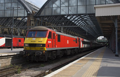 90036 (Lucas31 Transport Photography) Tags: trains railway class90 ews db lner ecml kgx 90036