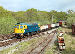 33102, Foxfield Colliery,  26 April 2019 (Mr Joseph Bloggs) Tags: foxfield railway colliery railroad train treno bahn zug vlak freight cargo merci 33 33102 crompton brcw emrps east midlands photographic society