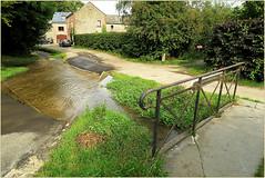 Ruisseau d'Ossogne à Saint-Fontaine, Clavier, Condroz, Province de Liège, Belgium (claude lina) Tags: claudelina belgium belgique belgië clavier ruisseau saintfontaine pont bridge ruisseaudossogne