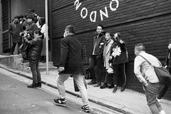 passerby @ hk (Itsuki WANG) Tags: 135 400 50mmf2 epson epsonv850 ilfotecddx ilford jobo leica m6 perfectionv850 silverfast blackandwhite blackwhite bw delta400 film filmphotography hongkong leitz monochrome randomshot streetphotography