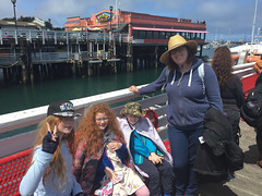 IMG_5472.jpg (Snoop Baggie Bag) Tags: mommy ezra amélie whalewatching éowyn california 2019 holiday monterey unitedstatesofamerica