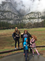 IMG_5532.jpg (Snoop Baggie Bag) Tags: mommy california éowyn amélie ezra 2019 holiday yosemite yosemitenationalpark unitedstatesofamerica